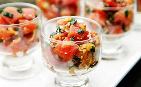 Salad cá hồi - lạ, ngon, đẹp mắt