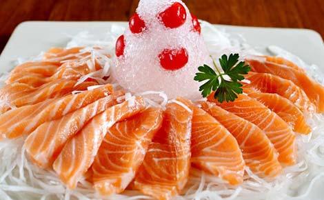 5 lợi ích cho sức khỏe từ cá hồi